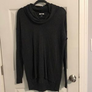Women's Old Navy Gray Cowl Neck Sweater Small